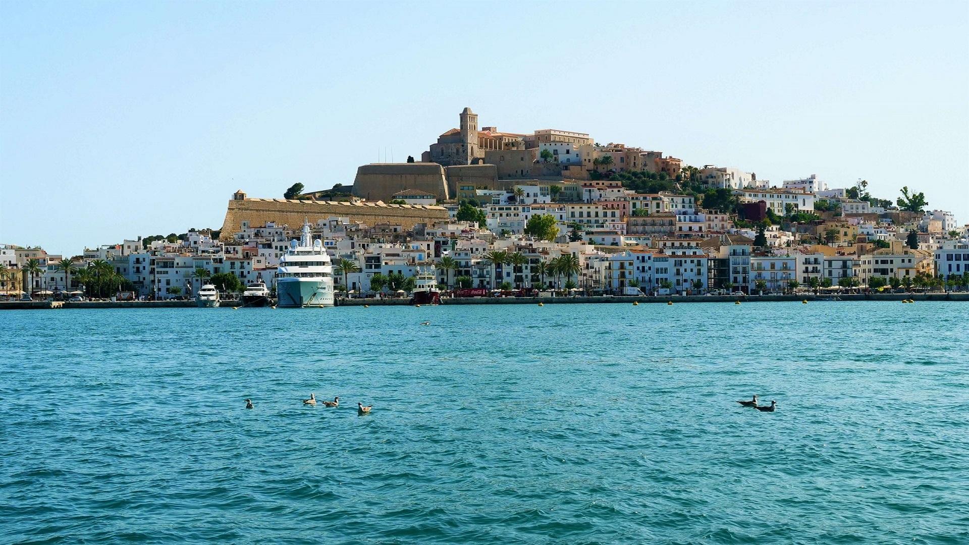 Razzia auf Ibiza